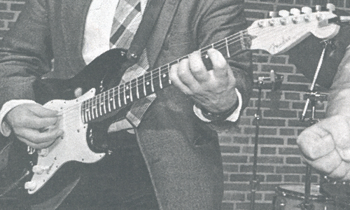 Sort Stratocaster